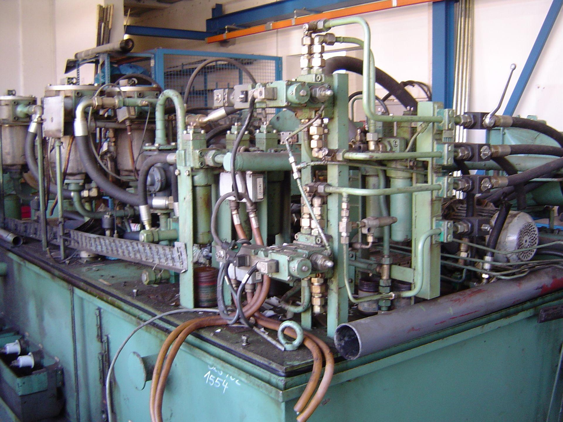 Hydraulik eines Baggerhubwerks